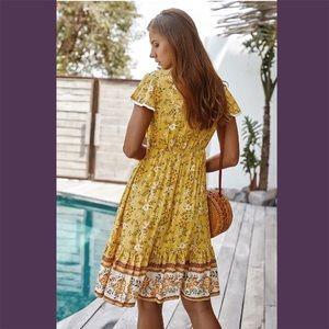 Dresses - Yellow V-Neck Floral Print Ruffled Dress